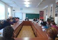 Теоретичні заняття і тренінги з молодими вчителями історії